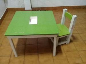 Mesa y silla para niños