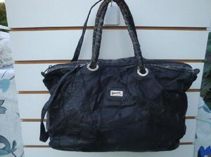 Cartera cuero sintético color negro medidas largo 37cm alto 4a59dd3272d