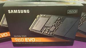 Disco ssd samsung 250gb 960 evo nvme m.2 internal