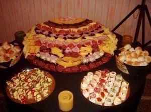 Catering lunch pizza parrilla cazuelas pastas party