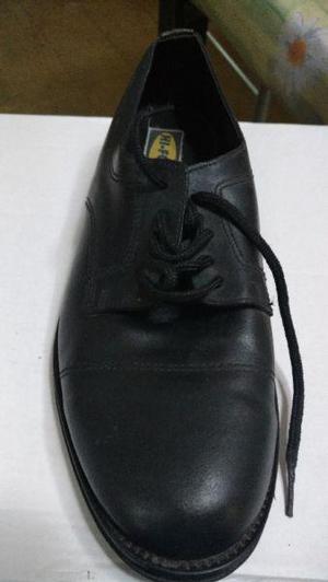 Zapato de vestir marca hi force