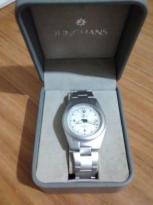 Vendo reloj pulsera. impecable!!!