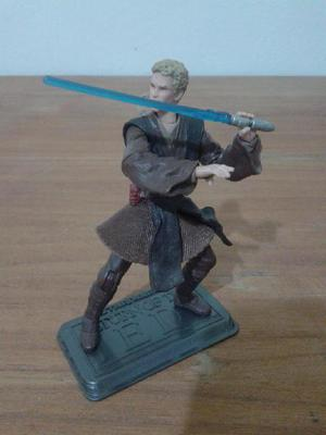 Star wars anakin skywalker con accion de patada