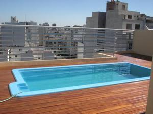 Excelente monoambiente con patio, piscina