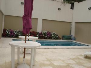 Excelente monoamb, con patio gimnasio y piscina