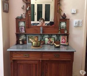 Mueble vestidor antiguo de pinotea lustrada mas de cien