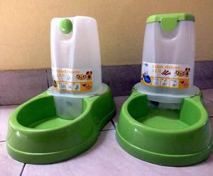 Bebedero automatico mascotas - 1,5 litros - importado