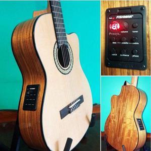 Guitarras electrocriollas tapa abeto cuerpo nogal ecu