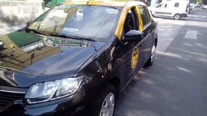 Taxi renault logan nuevo,dueño vende