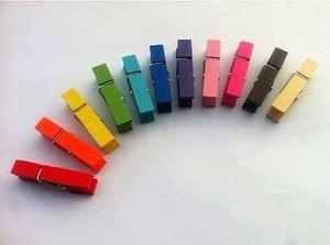 Mini broches de madera de colores pack x 50 u