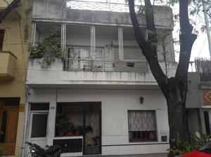 Vendo depto primer piso amplio 3 amb c terraza.villa devoto.