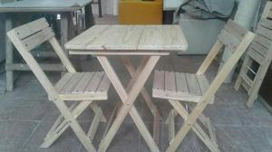 Juegos mesa mas 2 sillas
