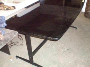 Mesa de comedor y o directorio,tapa de vidrio