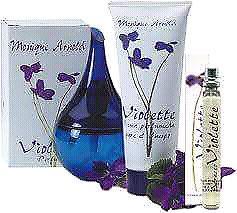 Monique cosméticos perfumes