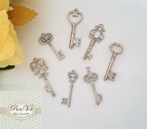 Dijes romanticos torre eiffel coronas llaves decoracion