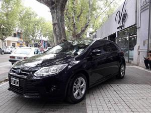 Ford focus s 2015 1.6
