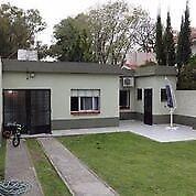 Inmobiliaria vende casa 5 amb en adrogue