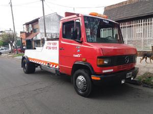 Mercedes benz 710 grua auxilio