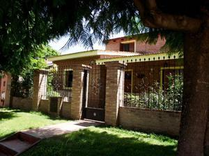 Casa a la venta en villa allende, bº villa allende parque.