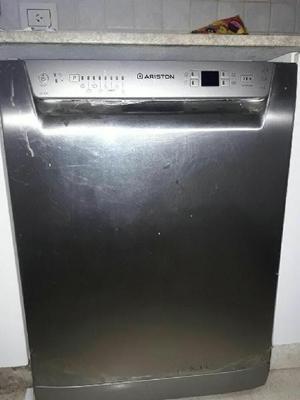Vendo lavavajillas ariston 14 cubiertos