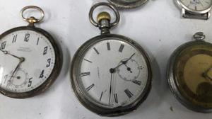 Lote 44 relojes antiguos y repuestos varios
