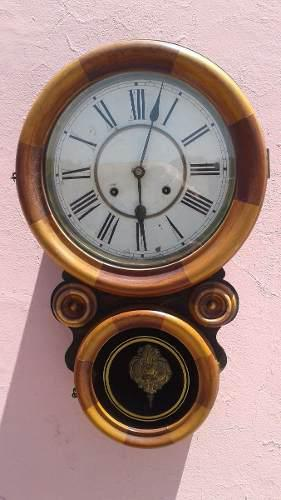Reloj antiguo pendulo de pared waterbury