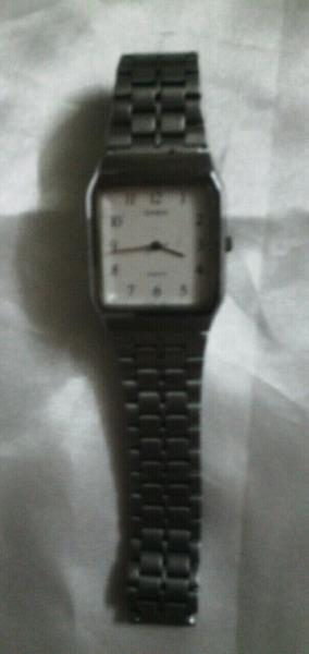 Reloj casio original con malla de acero