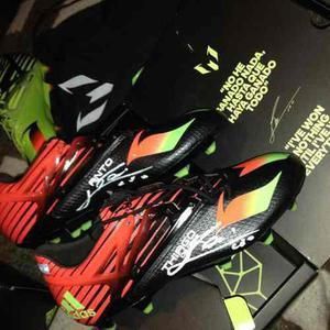 Botines firmados por messi talle 40 15.1 fútbol adidas gama