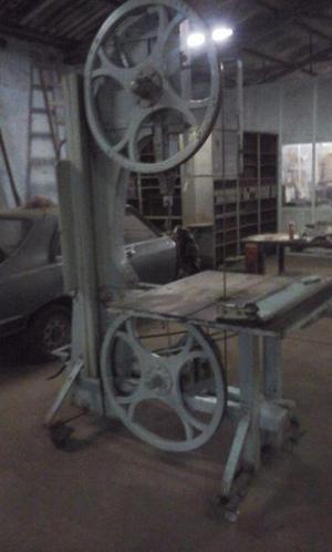 Sierra sin fin cara carpintería,volantes de madera,motor a