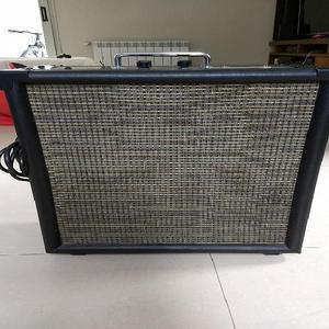 Amplificador valvular guitarra 15 watts