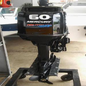 Motor mercury 60 hp 2t pocas horas de uso.