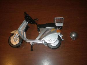 Barbie moto scooter