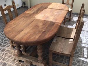Mesa de algarrobo extensible y sillas digna de verla
