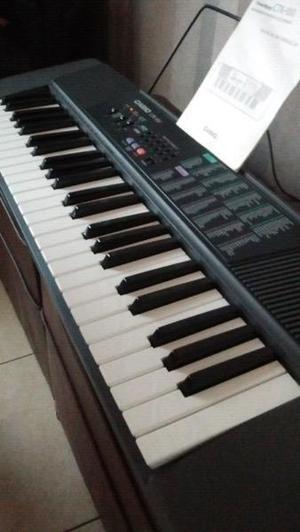Teclado casio de 4 octavas como nuevo teclas grandes
