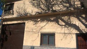 Vendo hermosa casa con galpon de 440mts2 cerca feria de las