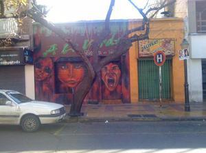 Microcentro de ciudad., duenio vende casa mas 2
