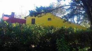 Alquilo casa... ubicado en santa clara del mar barrio