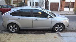 Vendo ford focus trend plus 2010