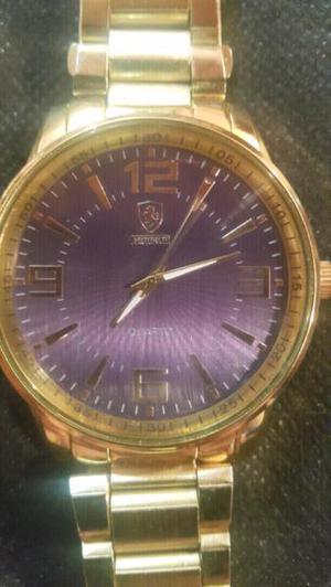 56bfe8f340d8 Reloj pulsera ferrari símil oro en Argentina   REBAJAS Junio ...