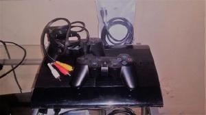 Playstation3 500gb 2 joysticks y mas de 50 juegos digitales