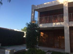 Openhouse inmobiliaria vende casa en muy buen estado de