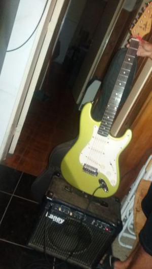 Vendo guitarra electrica coreana squier stercarster con