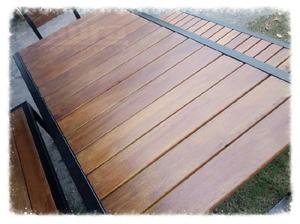 Juego de comedor mesa y bancos de hierro y madera modelo