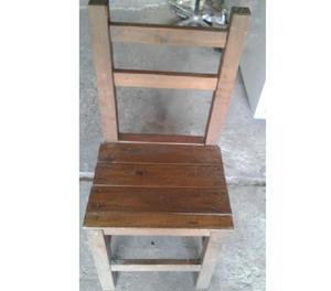 Vendo lote de 10 sillas de madera rústica
