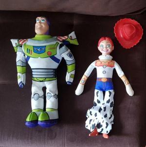 Lote de 2 peluches toy story  jessie y buzz lightyear 9c4c1fa4e3f