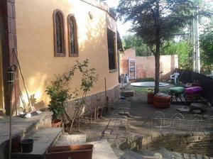Casa manantiales a 7 cuadras del centro y 1/2 del rio