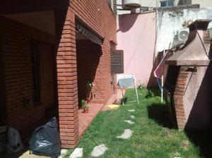 Casa en ph interno de 3 amb c/ jardin. a 4 cdras de av.