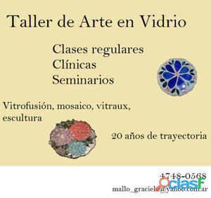 Taller de arte zona norte, clases de vitrofusion, vitraux, mosaico, pintura