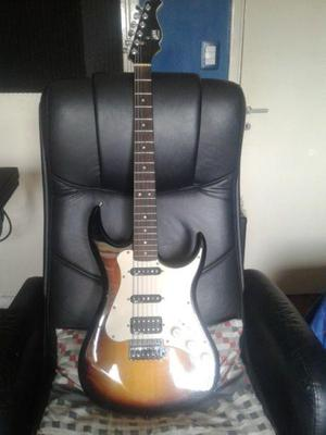 Guitarra axl tipo fender stratocaster c/funda como nueva!