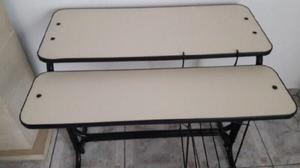 Mesa / escritorio usada de hierro y madera